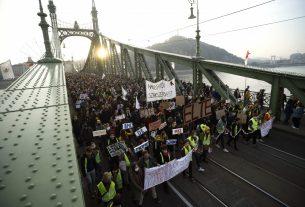 SZFE demonstráció Budapesten